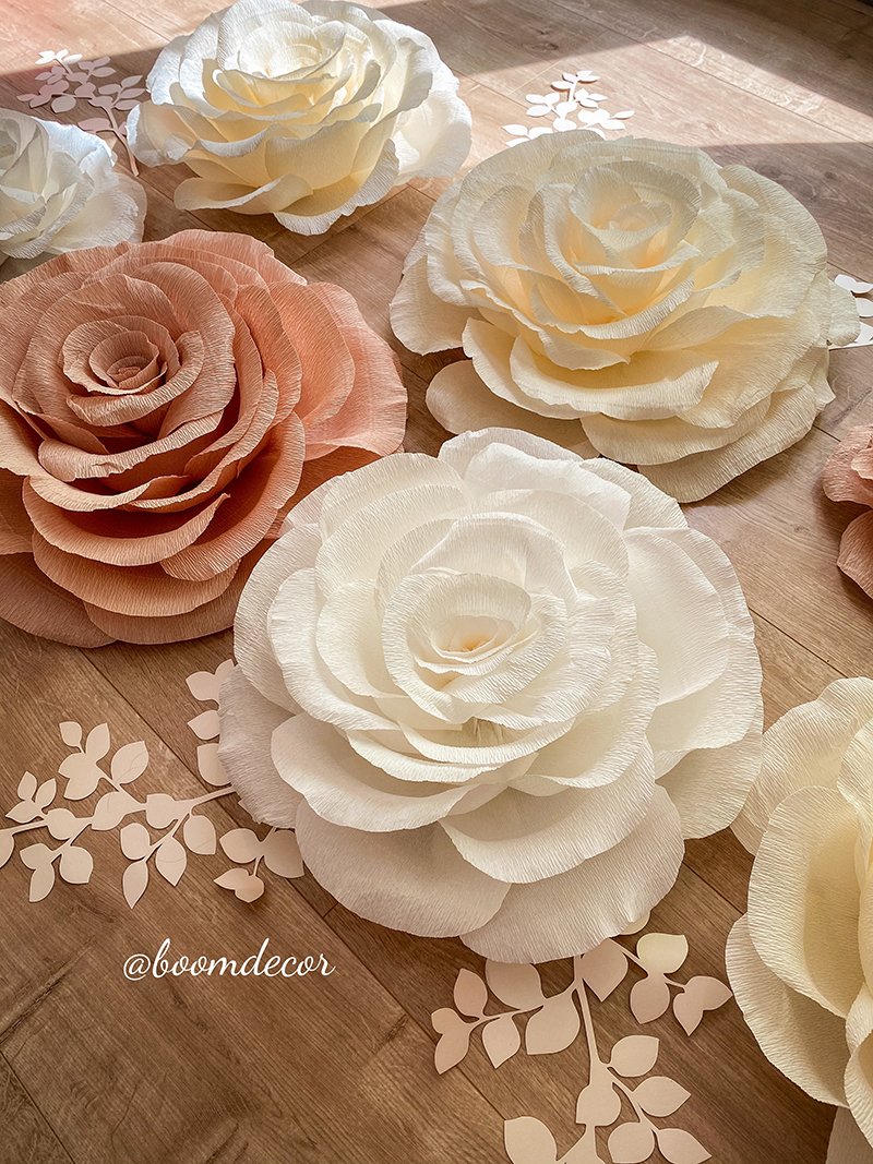 Цветы из креп-бумаги 043